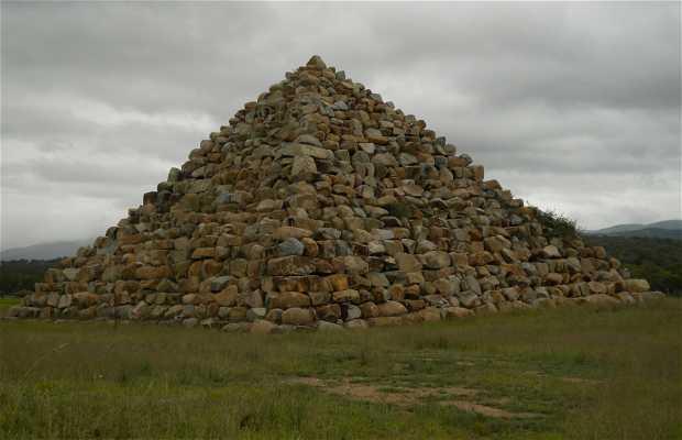 Pyramide de Ballandean