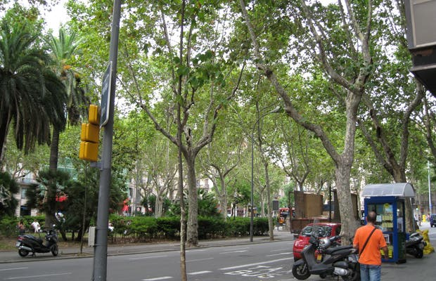 Urquinaona Square