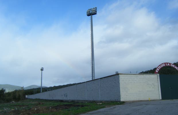 "Stade de football ""La Devesa"""