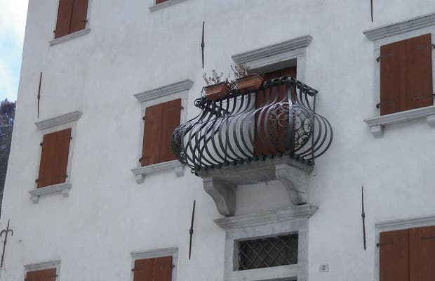 Palazzo Sampieri Vallenzasca Policardi
