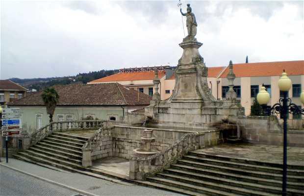 Estatua O Lamego