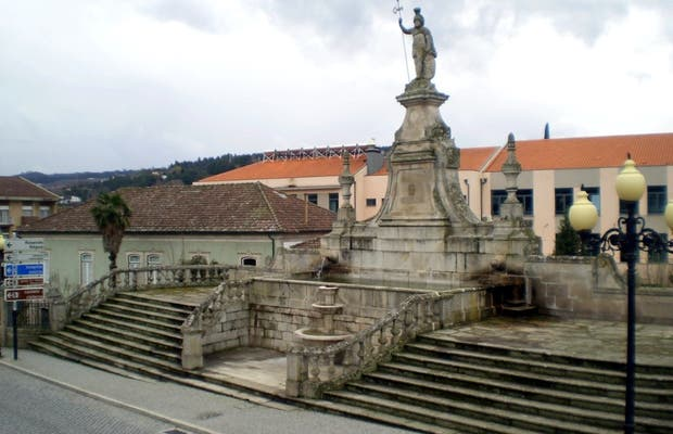 Statue or Lamego