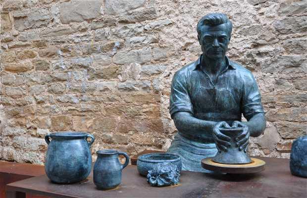 Escultura del alfarero
