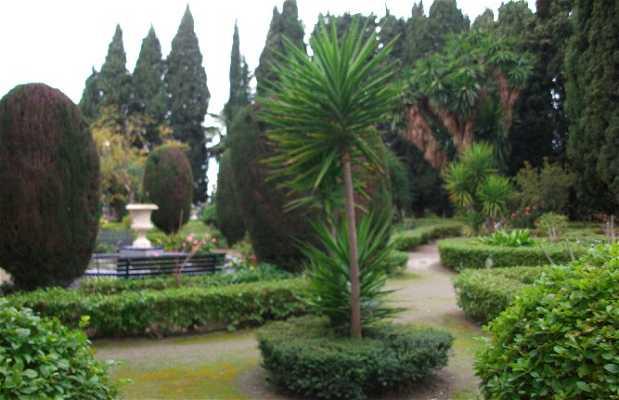 Jardines de la Casa de los Bates