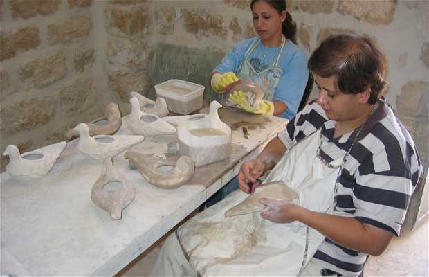 De la Paz Lamps Workshop