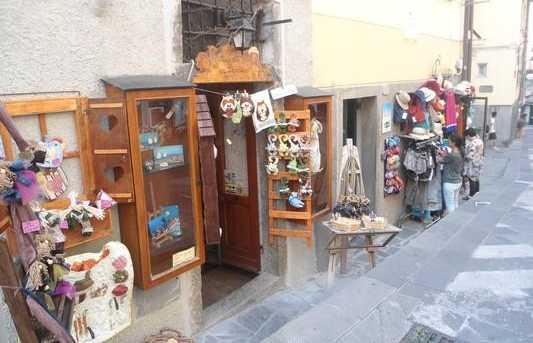Les boutiques souvenirs de Riomaggiore