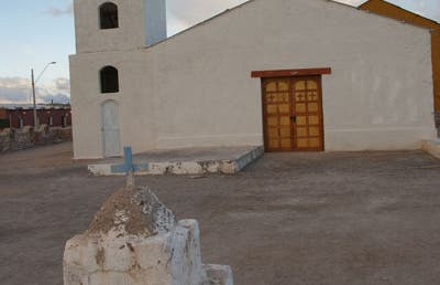 Iglesia de Ollague
