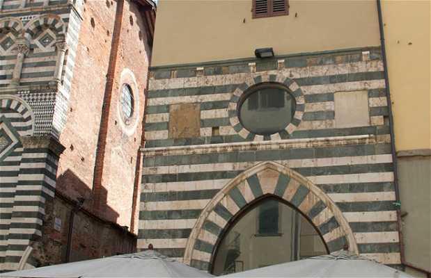 Eglise de Saint Giovanni in Fuorcivitas