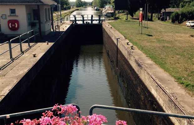 Port du Canal des Houllères de la Sarre