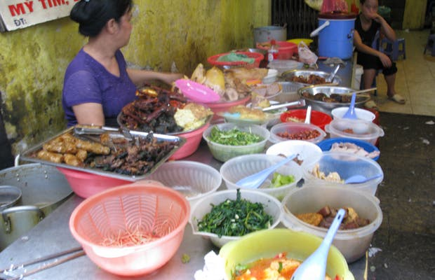 Streetfood au Marché de Dong Xuan