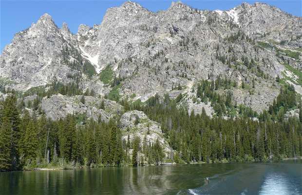 Navigazione sul Jenny Lake