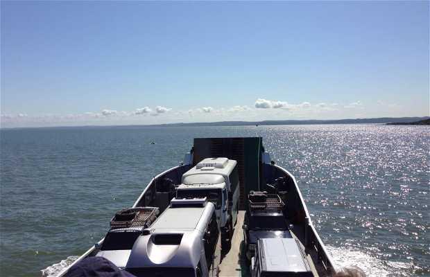 Ferry a Fraser Island