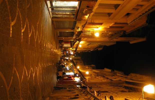 Calle de los Mártires de Vingré