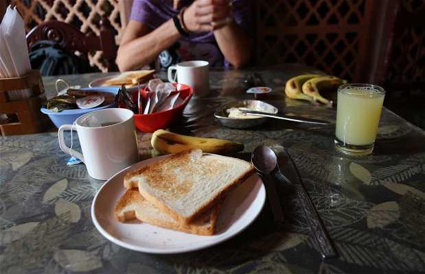 Cafe Sheesh Mahal