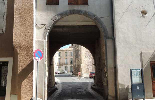 Puerta de Saint Pierre