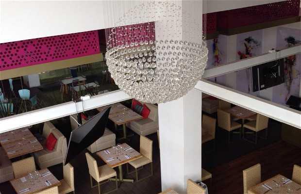 Romero Restaurant & Lounge