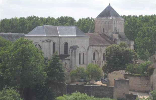 Abadia de Nouaillé-Maupertuis