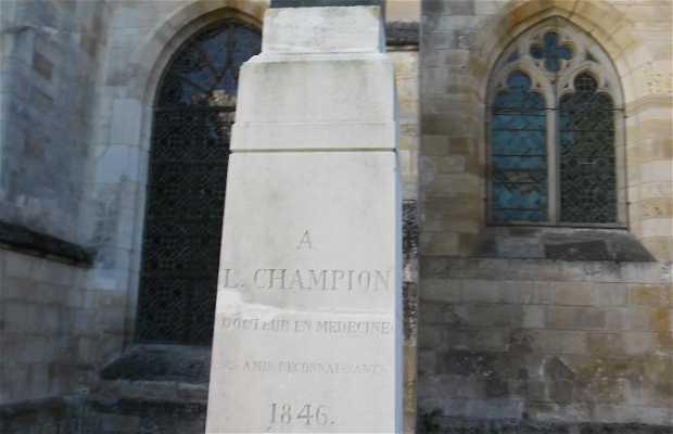 La statue du docteur Champion