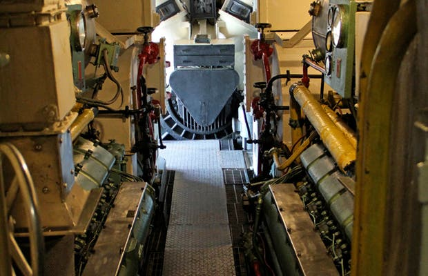 Toti Submarine