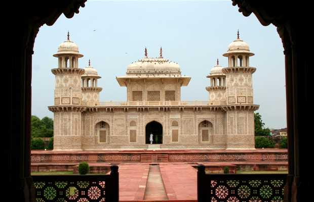 Itimad-ud-Daulah Mausole