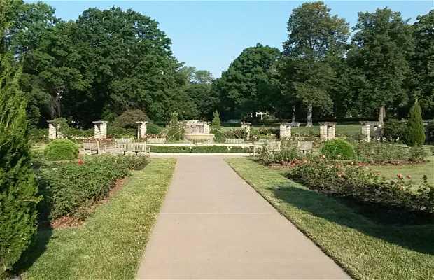 Loose Park Rose Garden
