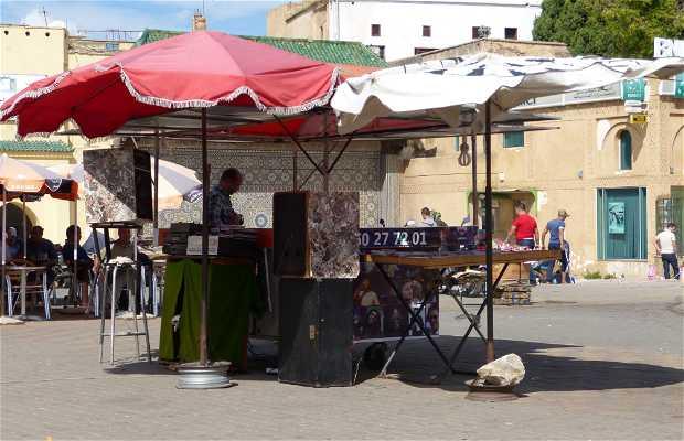 Puesto de música de la Plaza El Hedim