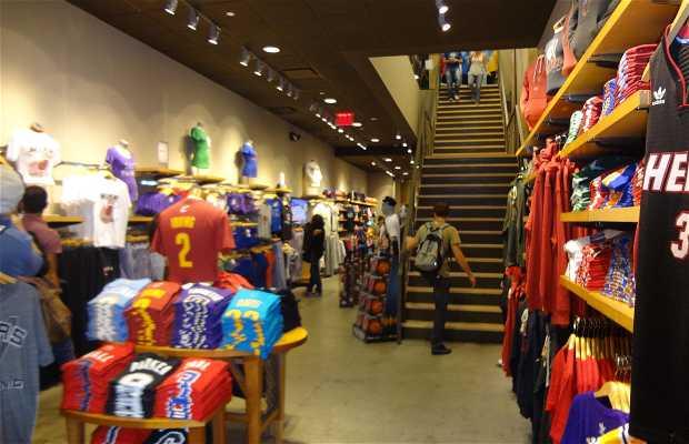 NBA Store en Nueva York  8 opiniones y 31 fotos 1dd29e57d98