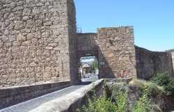 Muralla Y Arco De Bezudo De Cuenca