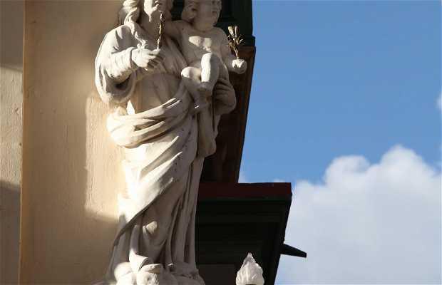 Monumento a Michel Xerri