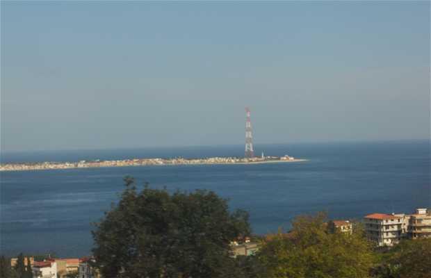 Piloni del Estrecho