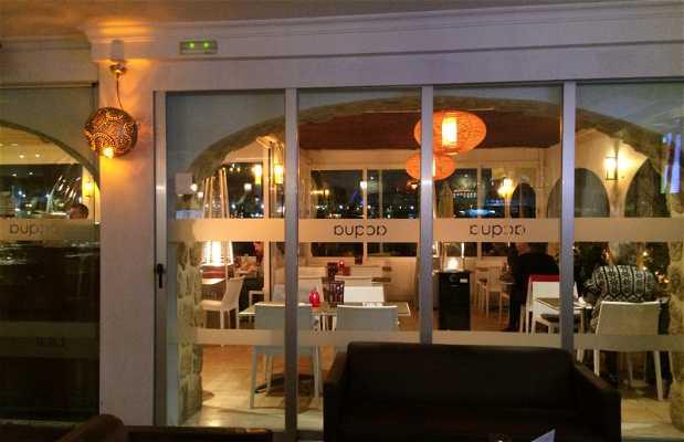 Acqua Bar & Steakhouse
