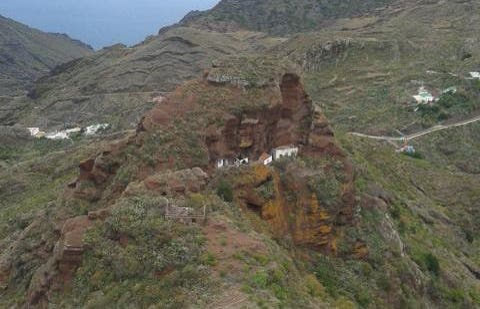 Roque Negro en el Macizo de Anaga