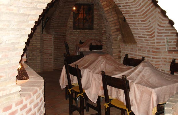 Restaurante Cuevas del Carnero