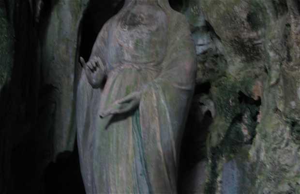 Cueva Huyen Khong (Thy Son, Marble Mountains)