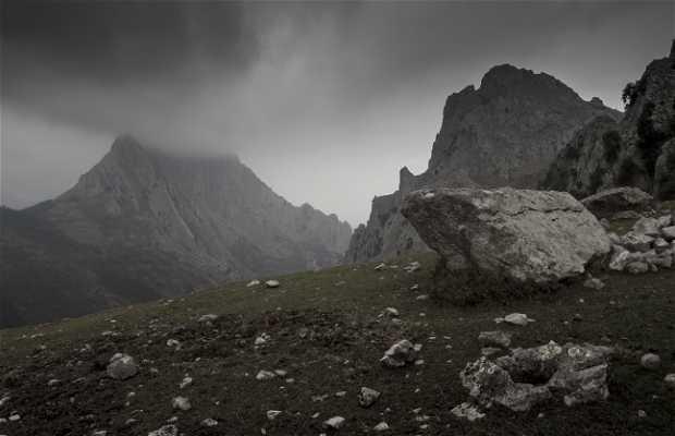 Valle de Atxarte