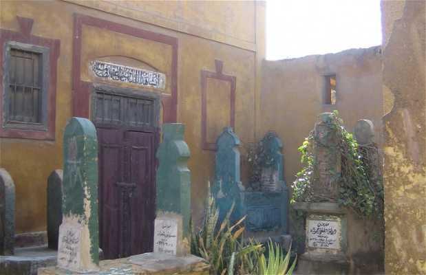 La città dei morti del Cairo