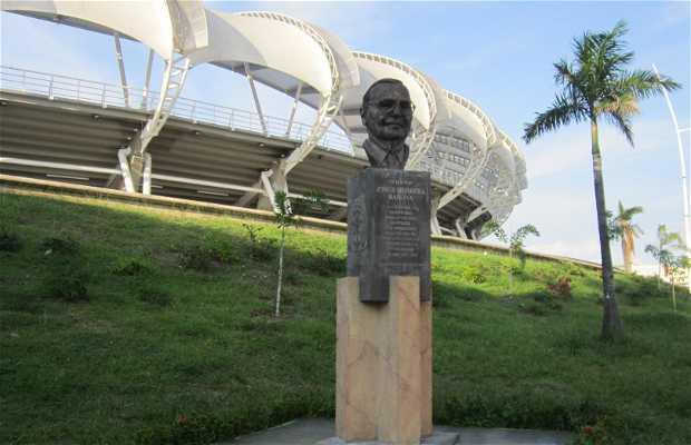 Estatua Jorge Herrera Barona