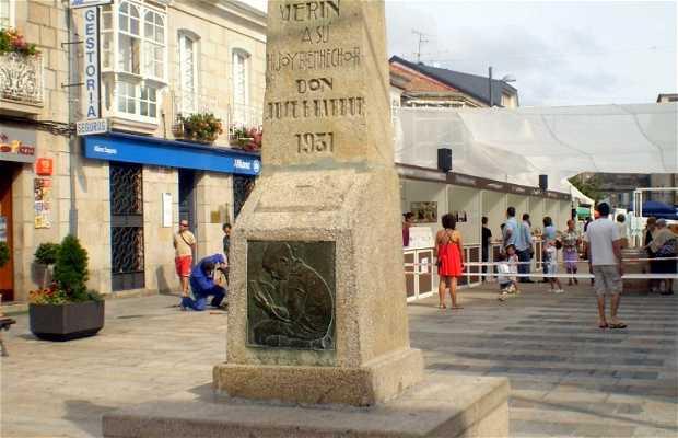Monumento a García Barbón a Verín
