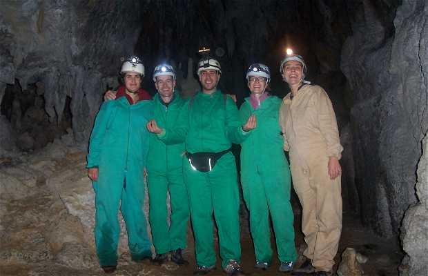 Caving in La Busta