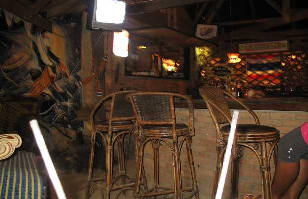 Freedom Bar Tonsai