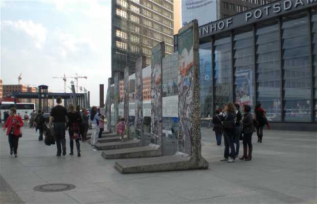 Le mur a PotsdamerPlatz