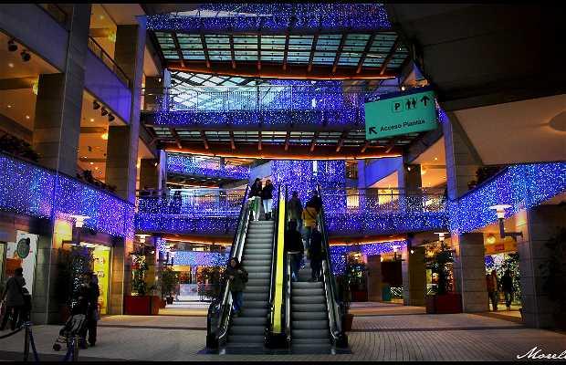 Aqua Shopping Centre