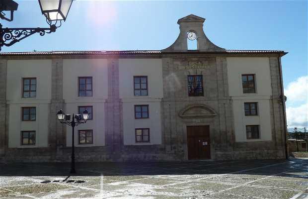 Casa Consistorial de Ampudia