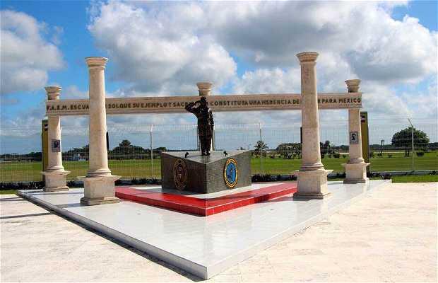 Monumento al Escuadrón 201