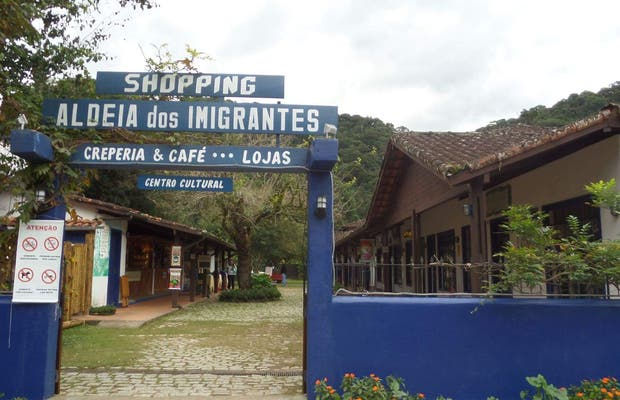 Shopping Aldeia dos Imigrantes