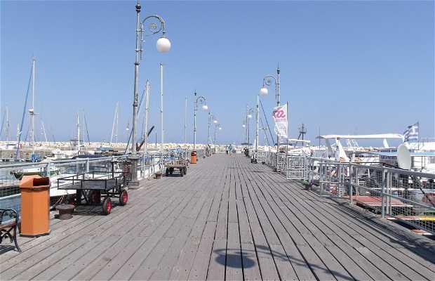 Puerto Deportivo de Larnaca