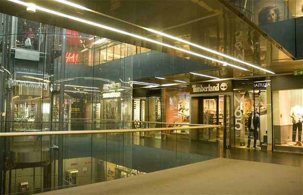 Centro Comercial Cvjteni