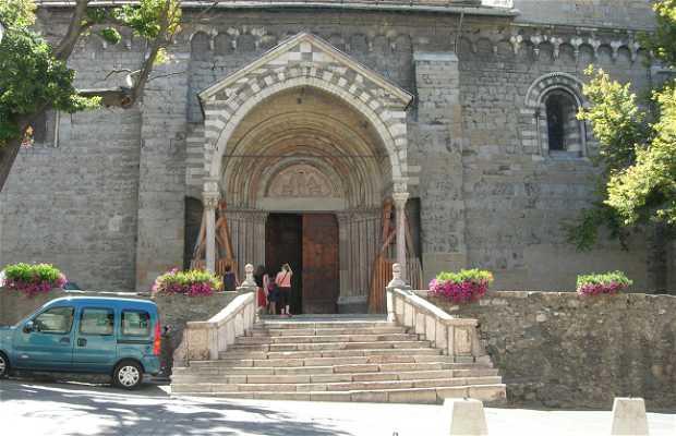 Notre Dame du Réal
