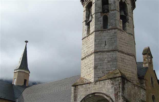 Iglesia de Sant Miquèu de Vielha.