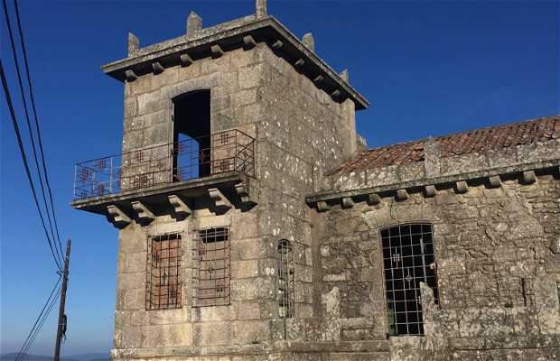 Edificio abandonado en Santa Trega